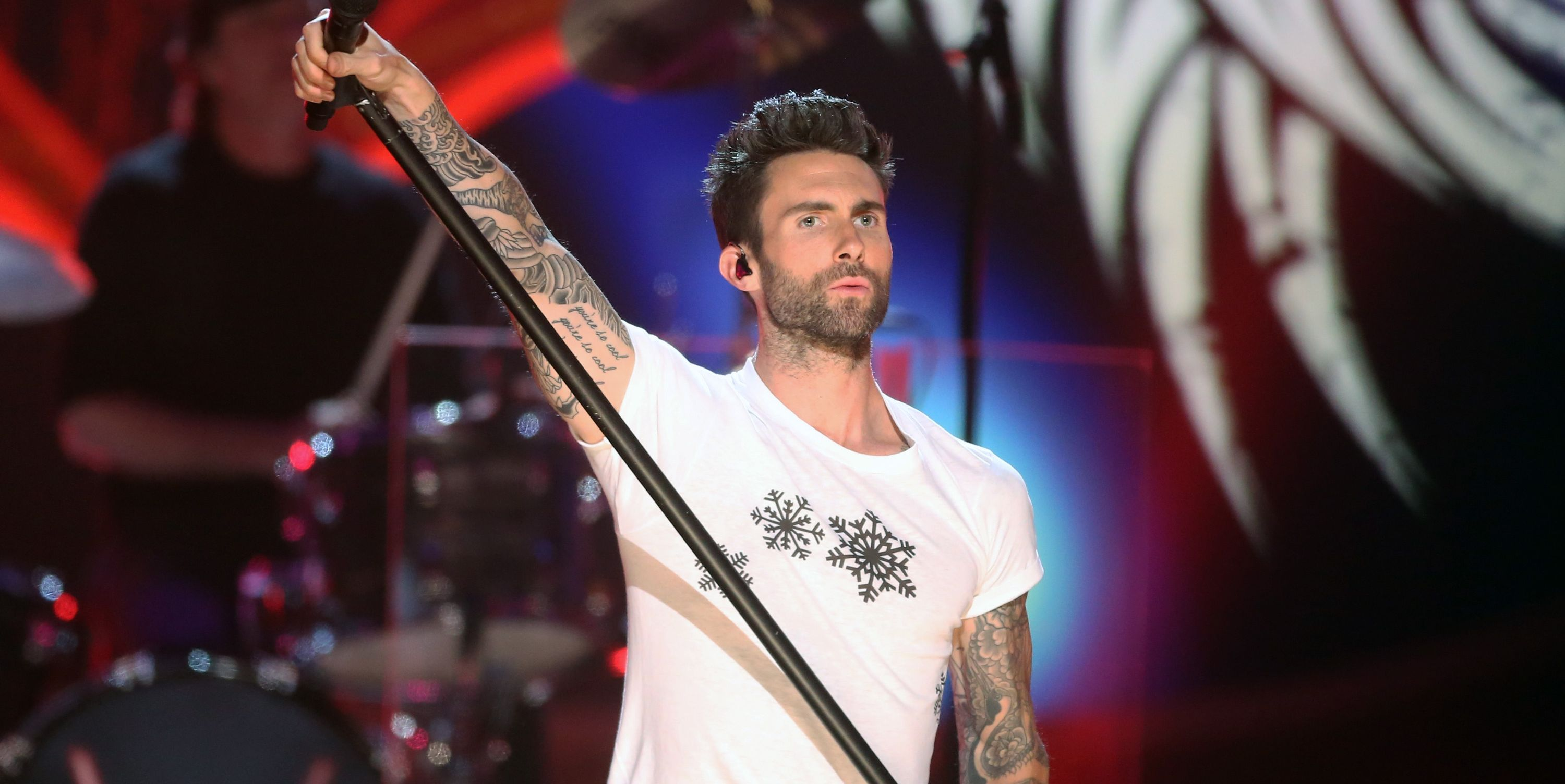 Did You Know There Are Actually 7 Members of Maroon 5?