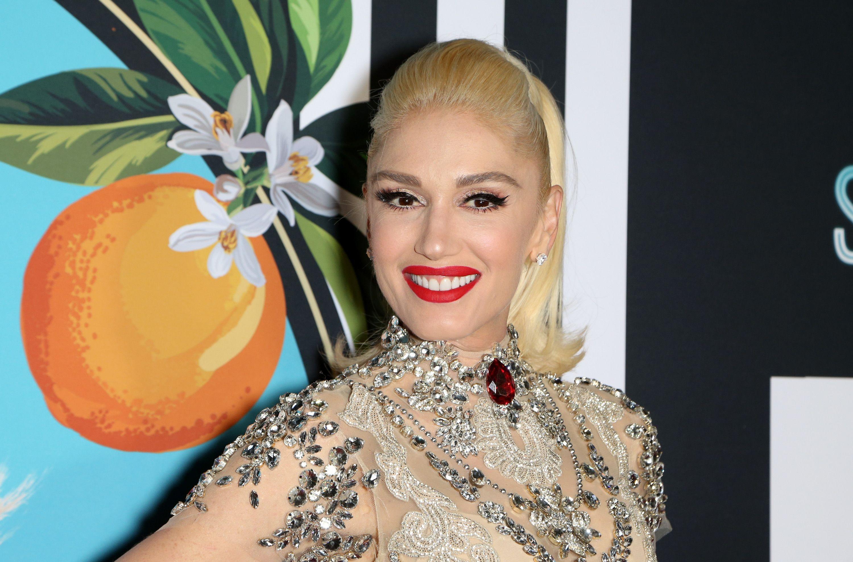 40 Celebrities Who Don't Age - Jennifer Lopez, Gwen Stefani