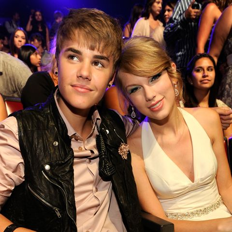 2011 Teen Choice Awards - Backstage And Audience