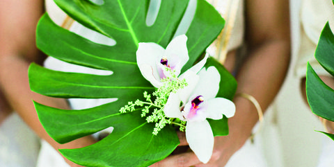 Single Stem Bouquets Are The Latest Wedding Trend - Cheap Wedding ...