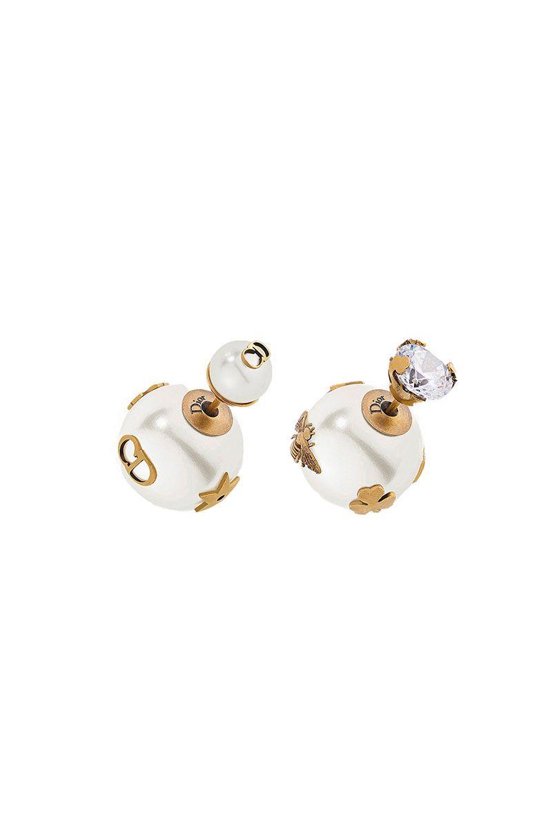 sior-pearl-earrigns-1542811622.jpg (800×1200)