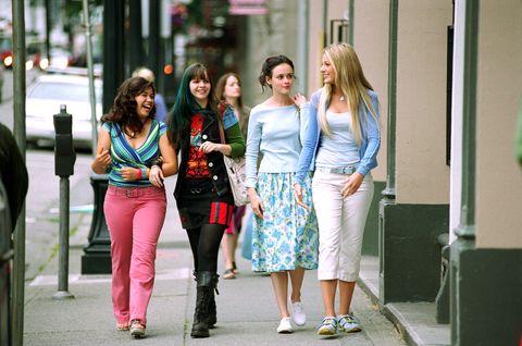 the sisterhood of the traveling pants, america ferrera, amber tamblyn, alexis bledel, blake lively, 2005, c warner brotherscourtesy everett collection