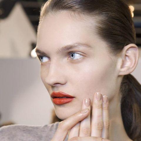 Face, Hair, Eyebrow, Lip, Skin, Beauty, Cheek, Chin, Hairstyle, Nose,