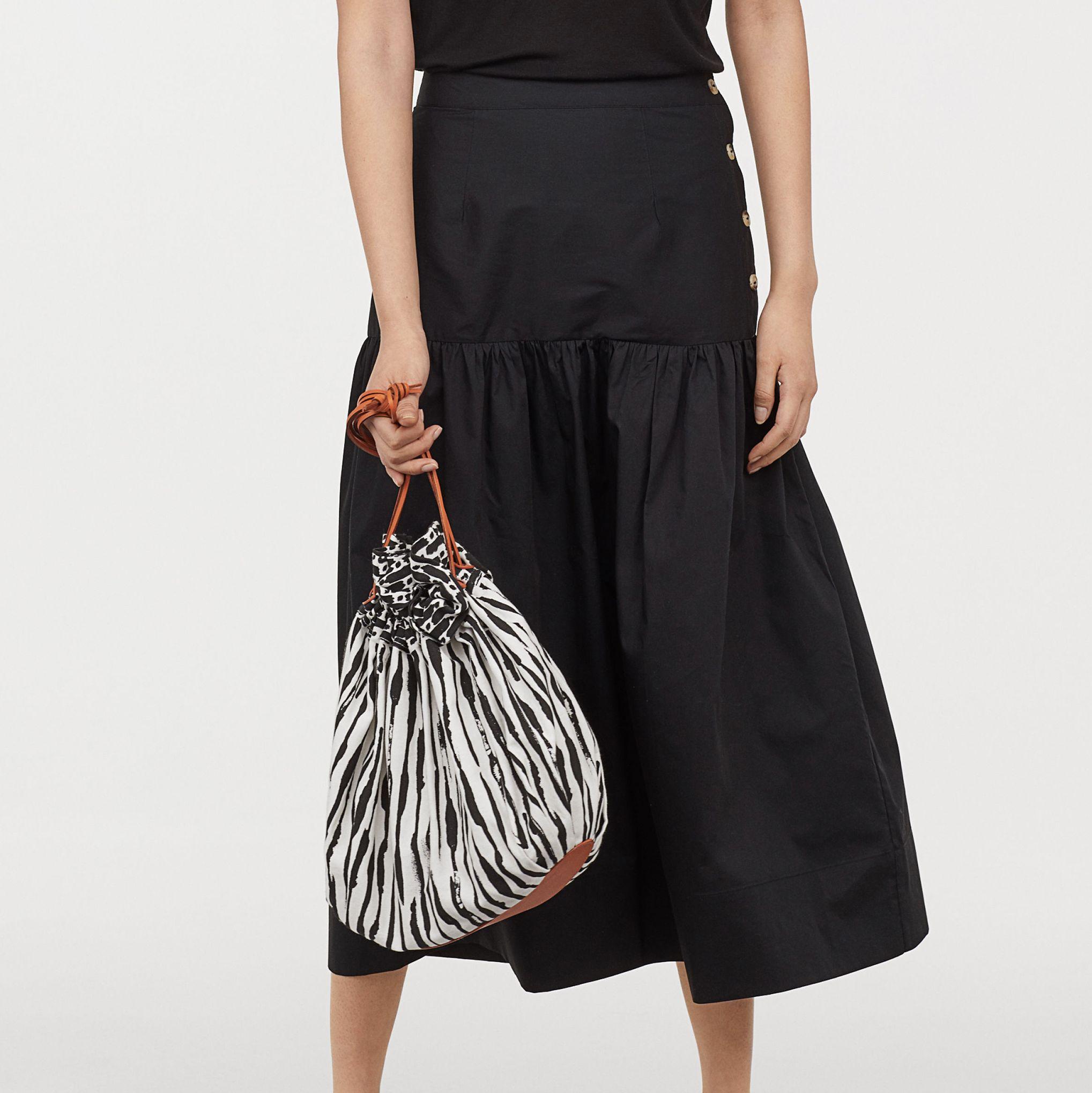 holiday capsule wardrobe: skirt