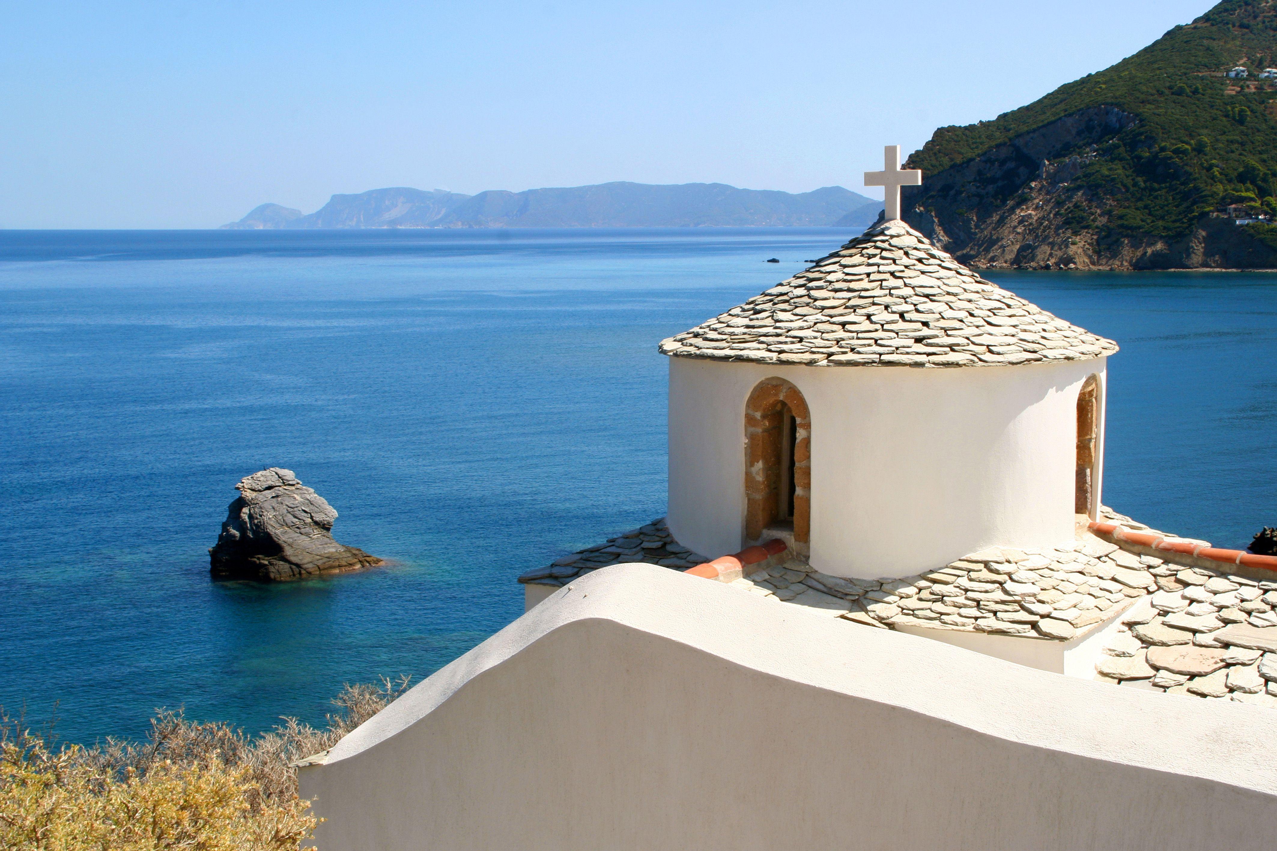 June holidays: Greece