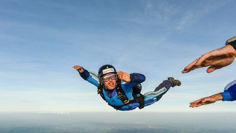 Paul-deed-een-cursus-skydiven
