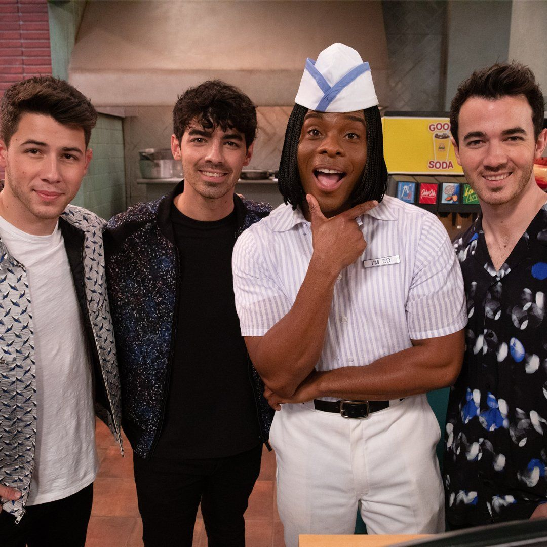 Jonas Brothers to guest star in Kenan and Kel's All That reboot