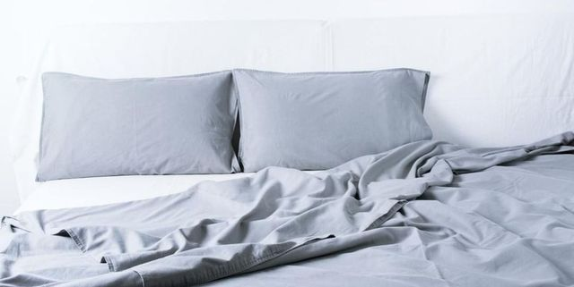 Bedding, Bed sheet, Textile, Furniture, Duvet, Duvet cover, Linens, Pillow, Bed, Room,