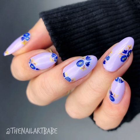 Lilac Floral Nails - Best Spring Nail Designs