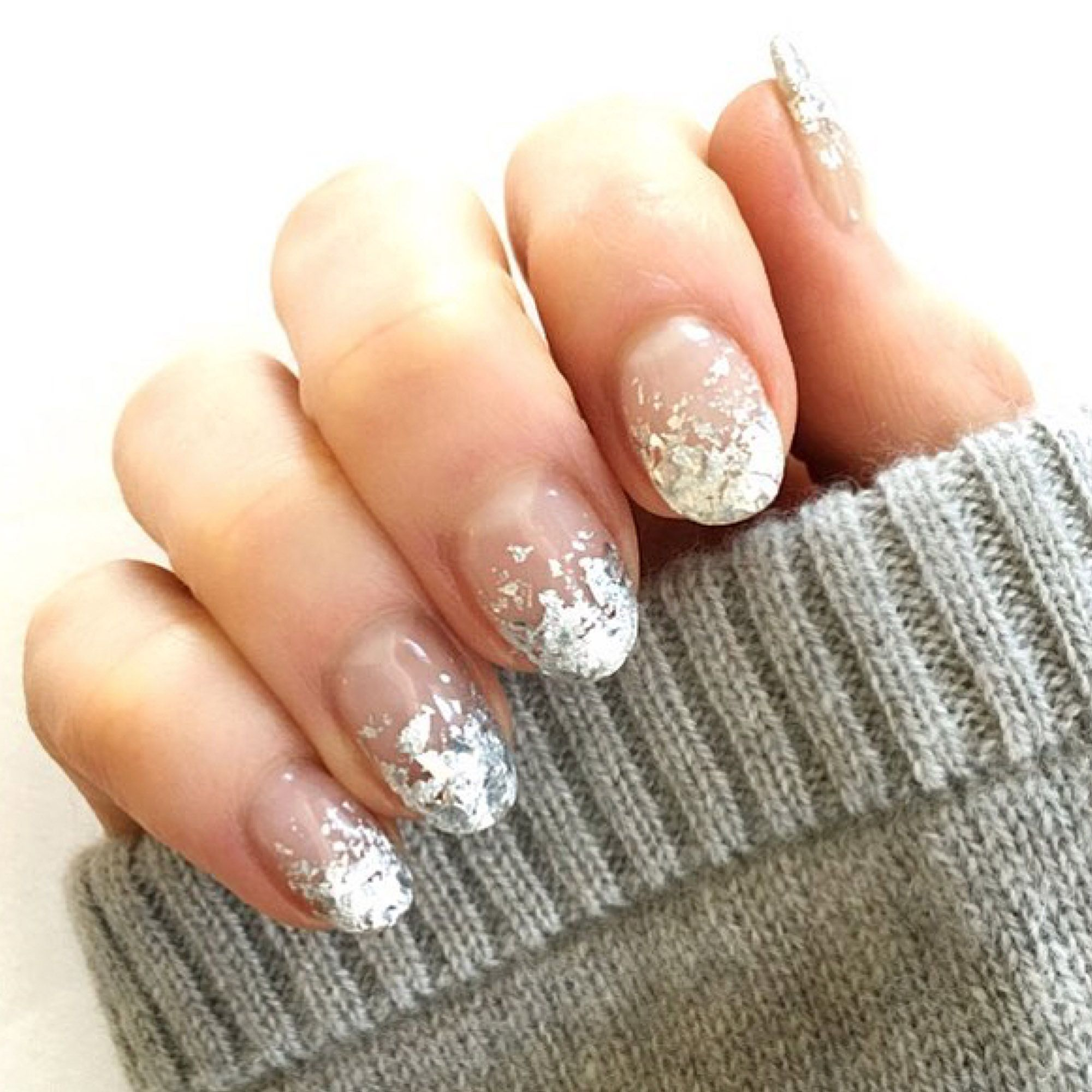 23 Gorgeous Glitter Nail Ideas for the Holidays