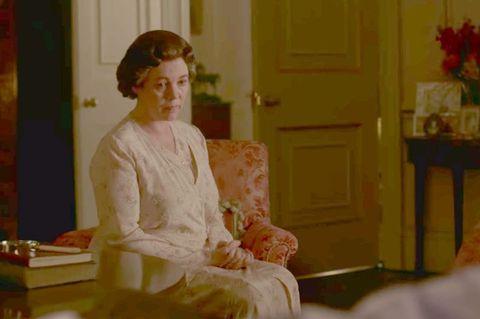 《王冠》連睡衣都能藏彩蛋!解密伊麗莎白二世、黛安娜王妃居家服的隱藏意義