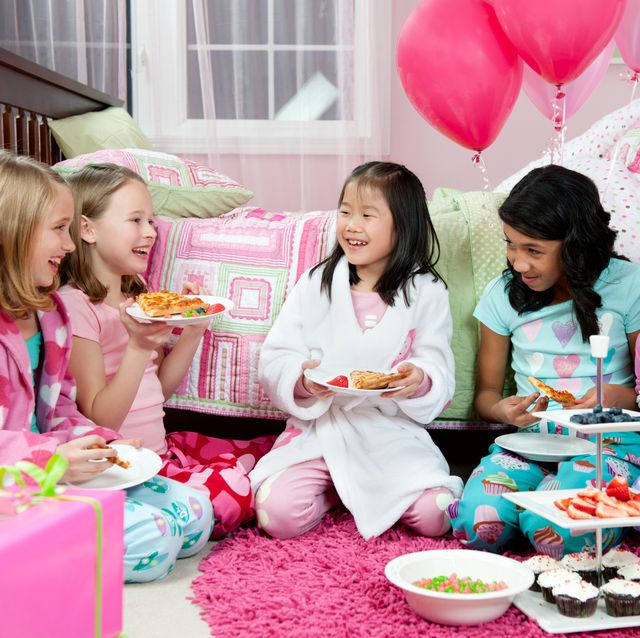 30 Fun Things To Do At A Sleepover Slumber Party Ideas For Kids Tweens And Teens