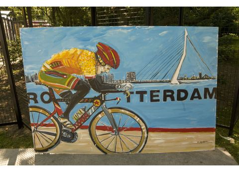 Mode of transport, Bicycle wheel rim, Bicycle frame, Bicycle tire, Bicycle, Bicycle wheel, Bicycle drivetrain part, Bicycle handlebar, Cycling, Bicycle fork,