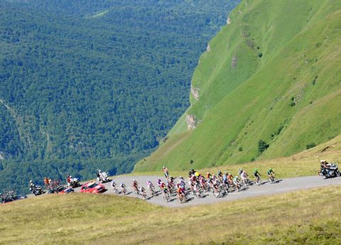 Mountainous landforms, Slope, Mountain, Endurance sports, Bicycle, Bicycles--Equipment and supplies, Mountain range, Bicycle frame, Cycle sport, Adventure,