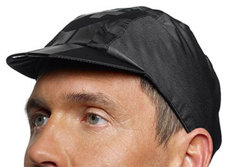 Cheek, Cap, Brown, Skin, Chin, Forehead, Eyebrow, Headgear, Organ, Temple,