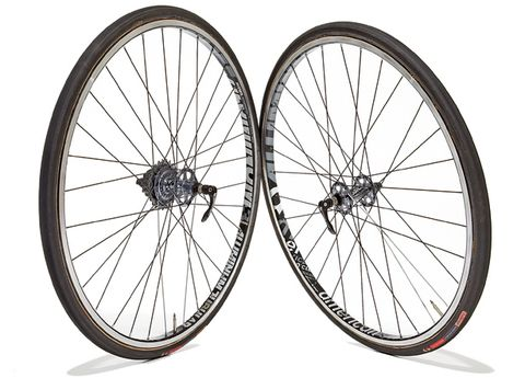 Bicycle wheel rim, Wheel, Bicycle tire, Bicycle wheel, Spoke, Rim, Bicycle part, White, Line, Synthetic rubber,