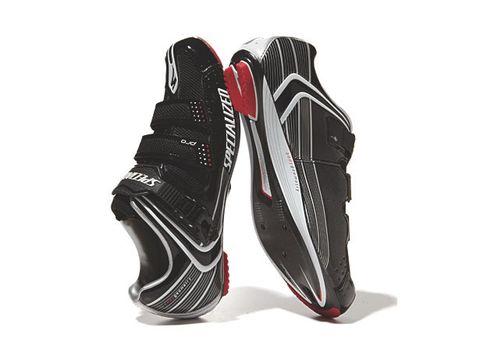 Product, Shoe, White, Carmine, Athletic shoe, Black, Grey, Sneakers, Maroon, Walking shoe,