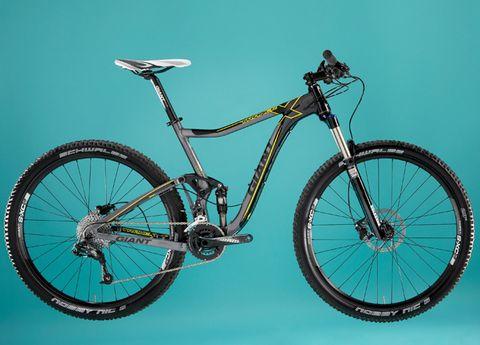 Bicycle tire, Tire, Bicycle wheel, Wheel, Bicycle wheel rim, Bicycle frame, Bicycle fork, Bicycle part, Bicycle saddle, Spoke,