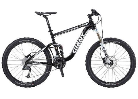 Bicycle tire, Bicycle wheel, Wheel, Bicycle wheel rim, Bicycle frame, Bicycle part, Bicycle fork, Spoke, Bicycle accessory, Rim,