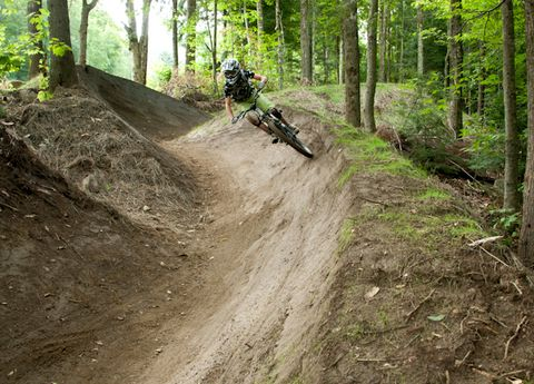 Soil, Trail, Dirt road, Off-roading, Cycle sport, Forest, Outdoor recreation, Mountain biking, Bicycle, Freeride,