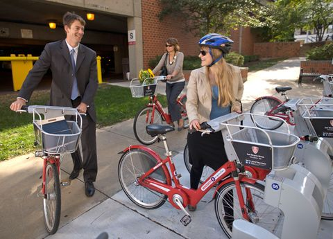 Tire, Wheel, Bicycle tire, Bicycle wheel, Bicycle frame, Bicycle wheel rim, Bicycle handlebar, Bicycle, Bicycle fork, Bicycle part,
