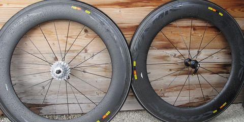 Bicycle wheel, Tire, Bicycle part, Spoke, Bicycle tire, Rim, Wheel, Automotive tire, Auto part, Alloy wheel,