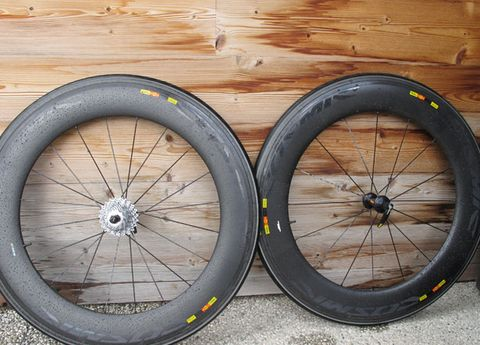 Bicycle wheel, Tire, Bicycle part, Spoke, Bicycle tire, Rim, Wheel, Automotive tire, Auto part, Alloy wheel,