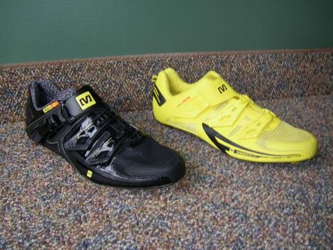 Footwear, Product, Yellow, Shoe, White, Fashion, Black, Grey, Athletic shoe, Brand,