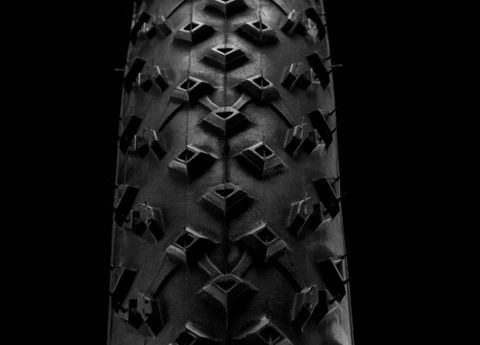 Automotive tire, Pattern, Monochrome, Black-and-white, Monochrome photography, Metal, Tread, Symmetry, Still life photography, Silver,