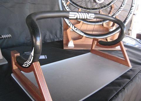 Bicycle wheel rim, Bicycle tire, Bicycle wheel, Spoke, Iron, Steering wheel, Metal, Bicycle part, Bicycle frame, Bicycles--Equipment and supplies,
