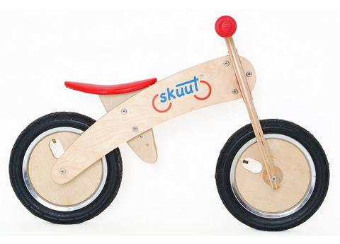 Wheel, Mode of transport, Transport, Rim, Spoke, Toy, Automotive wheel system, Auto part, Tread, Synthetic rubber,