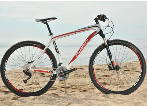 Bicycle tire, Bicycle wheel, Bicycle frame, Tire, Wheel, Bicycle wheel rim, Bicycle fork, Bicycle part, Spoke, Bicycle stem,