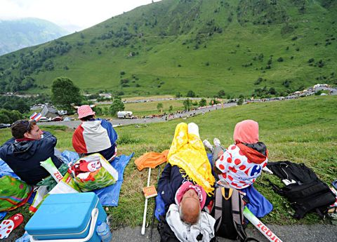 Mountainous landforms, Highland, Hill, Mountain range, People in nature, Mountain, Outdoor recreation, Hat, Baby carriage, Baby Products,