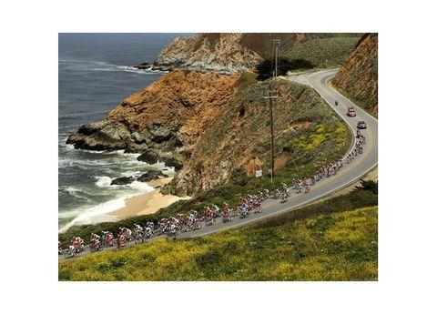 Coastal and oceanic landforms, Coast, Road, Shore, Natural landscape, Landscape, Slope, Terrain, Promontory, Ocean,