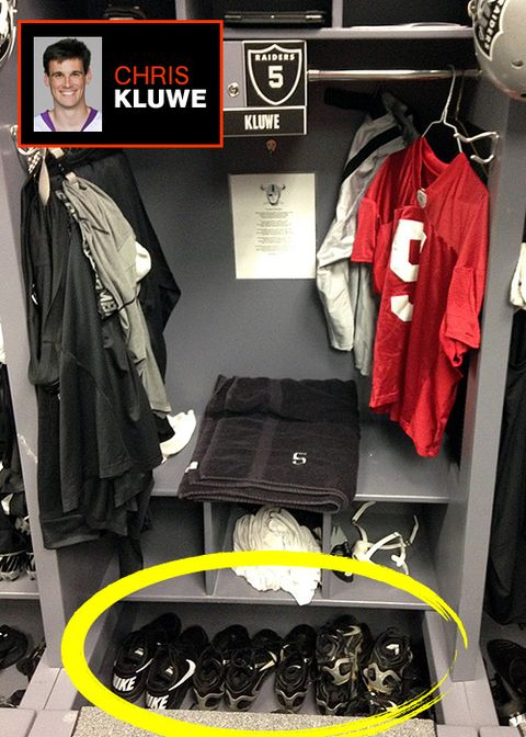 MH-nfl-locker-room-kluwe.jpg