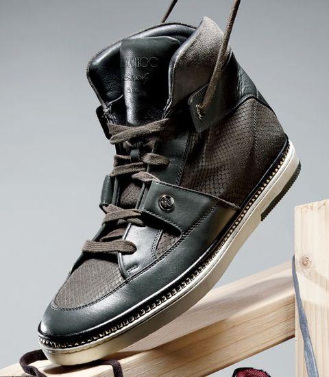sneakers1a.jpg