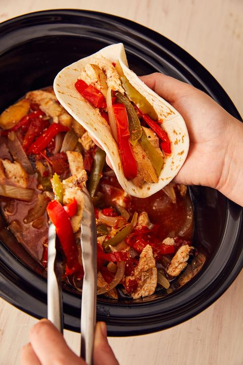 slow cooker chicken fajitas vertical