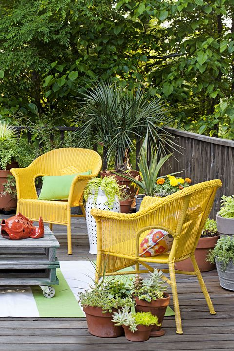 small backyard ideas  container gardening