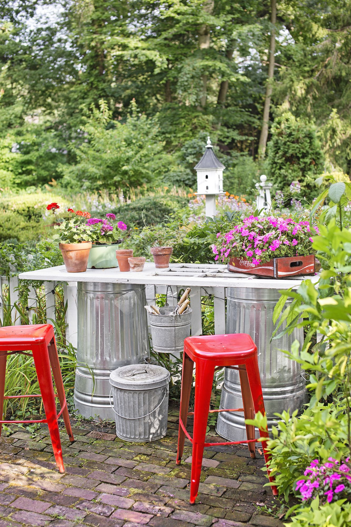 20 Small Backyard Ideas Small Backyard Landscaping And Patio Designs