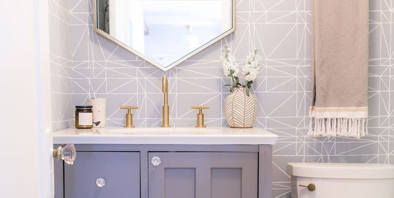 44 Best Small Bathroom Ideas To Make A Big Statement