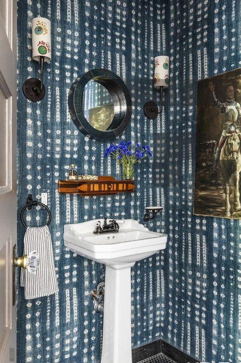44 Best Small Bathroom Ideas - Bathroom Designs for Small Spaces