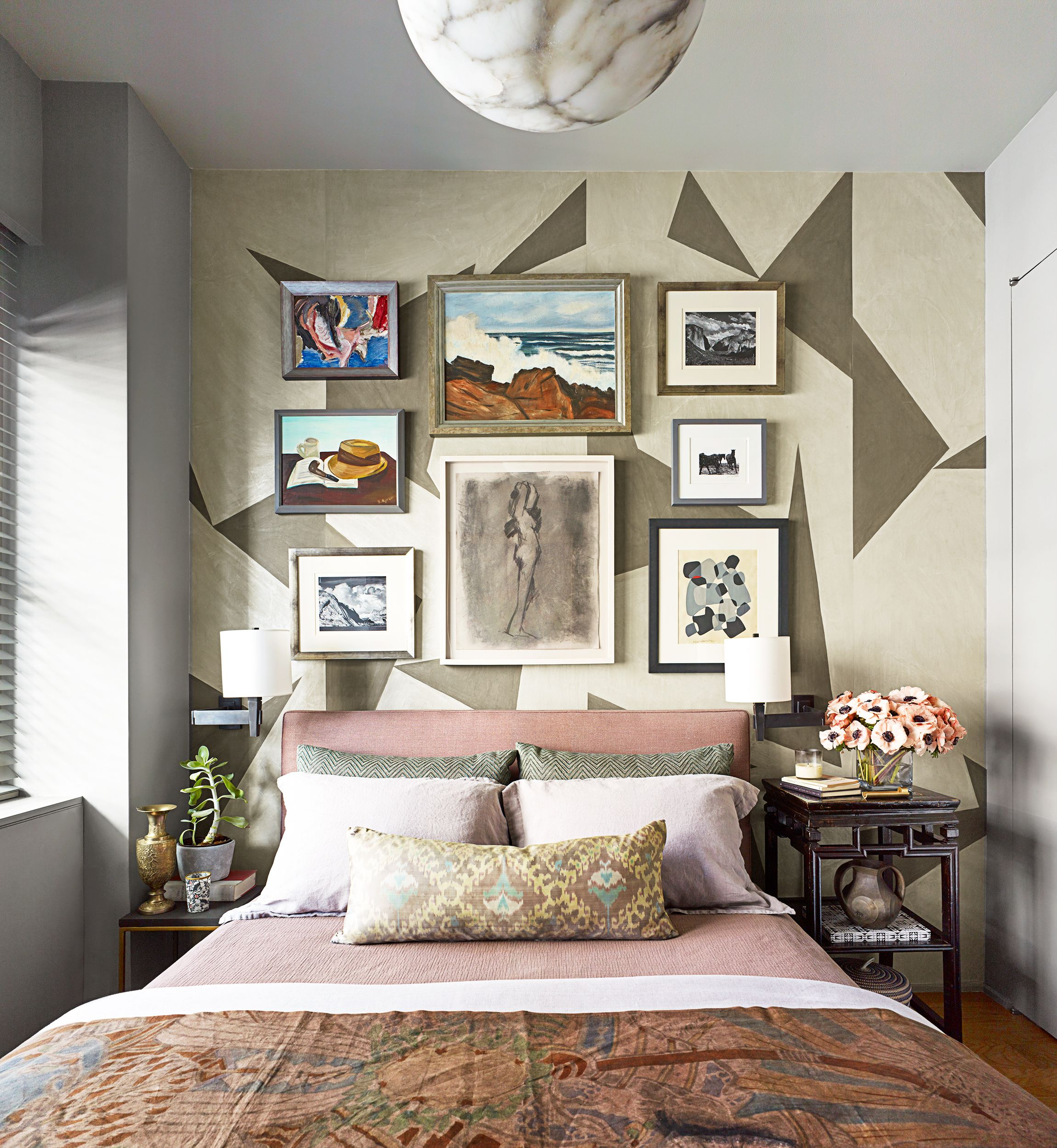 House Beautiful & 25 Small Bedroom Design Ideas - How to Decorate a Small Bedroom