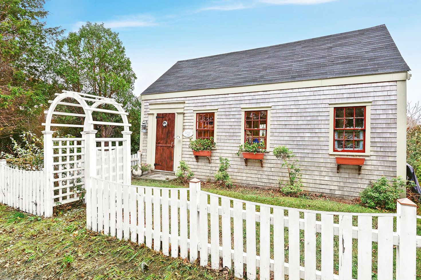Small Country Homes For Sale