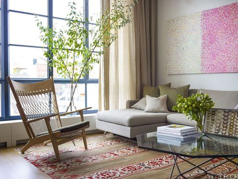 Small Living Room Ideas - How To Decorate A Small Family Room