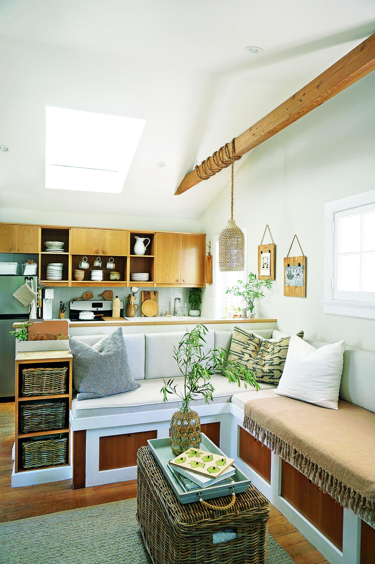 the secrets to maximizing a small living room small space decor tips rh elledecor com
