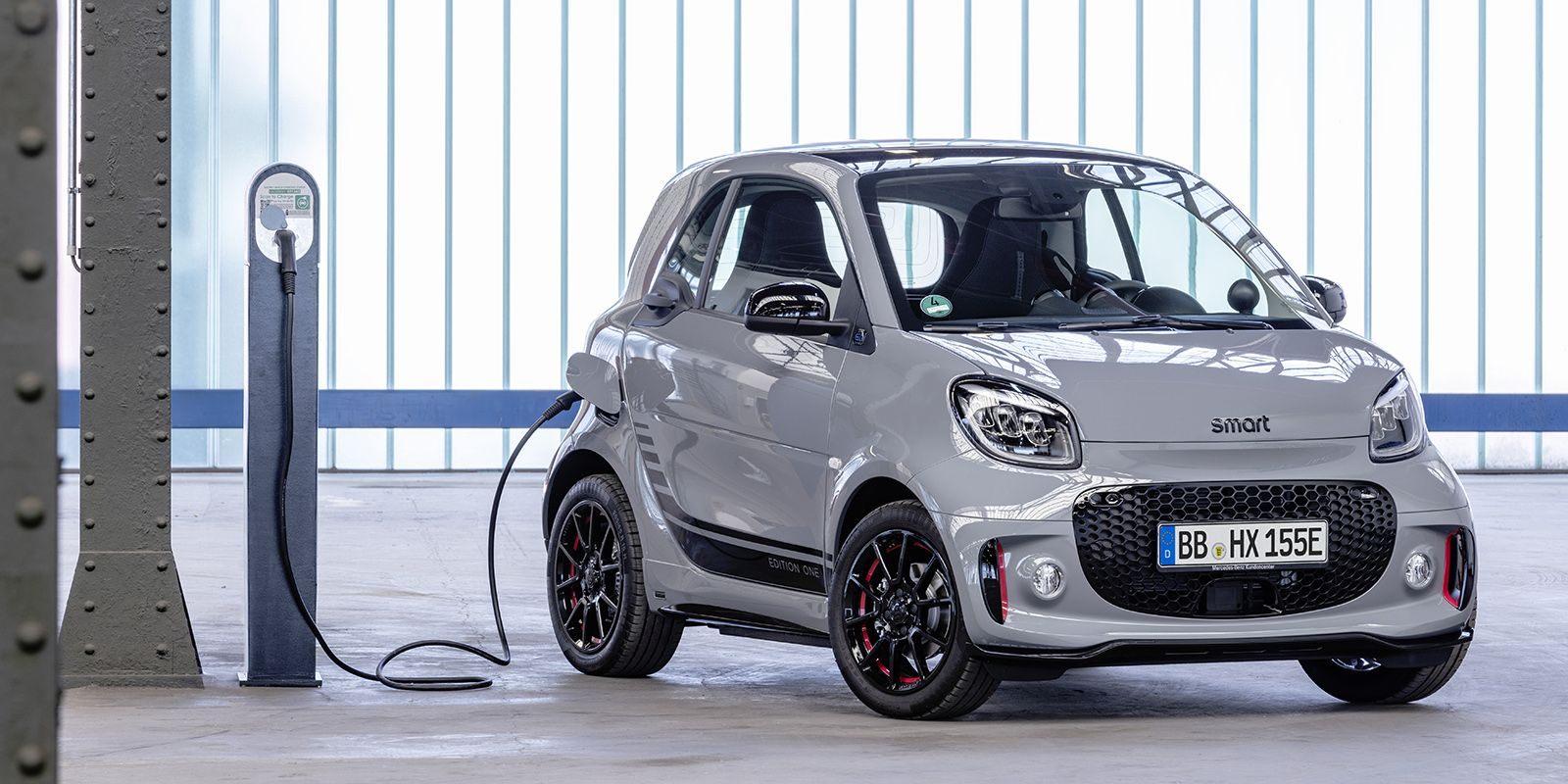 2021 Smart Fortwo Picture