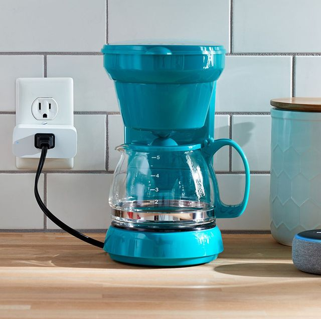 coffee maker plugged into amazon smart plug