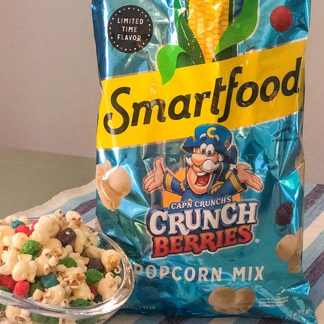 smartfood cap'n crunch's crunch berries popcorn mix