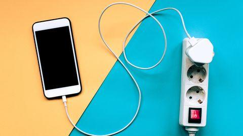 Gaat die laatste procent van je batterij veel sneller op, of lijkt dat alleen maar zo?
