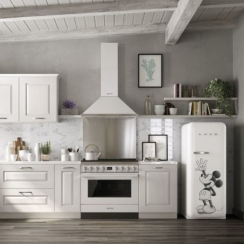 White, Room, Countertop, Kitchen, Furniture, Interior design, Property, Cabinetry, Floor, Wall,